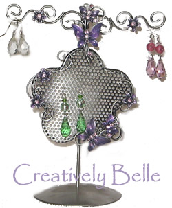 Click here for the Creatively Belle range of earring holders
