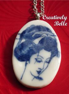 Long necklace Geisha cameo