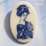 Geisha brooch, a study in contemplation