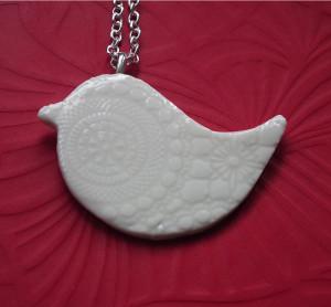 Southern Ice Porcelain long necklace bird pendant