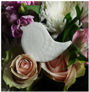 Beautiful Southern Ice Porcelain Peace Bird Necklace on a long chain