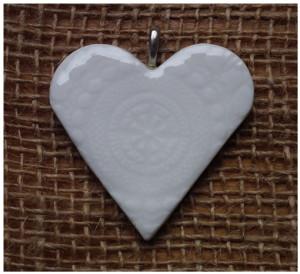 Southern Ice Porcelain lace heart pendant