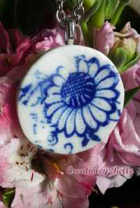 Contemporary blue and white porcelain flower neckalce